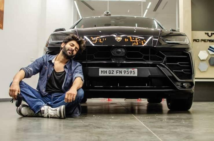 Kartik Aryan takes a wrong turn in his Lamborghini Urus: Ends up taking selfie with cop